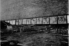 1 Engel Ausstellung in einer Baugrube am Görlitzer-Bahnhof, Berlin 1980